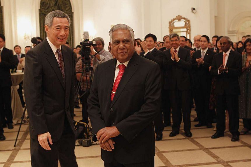 Mr Lee hosting a farewell reception for Mr Nathan at the Istana Banquet Hall on Aug 31, 2011.