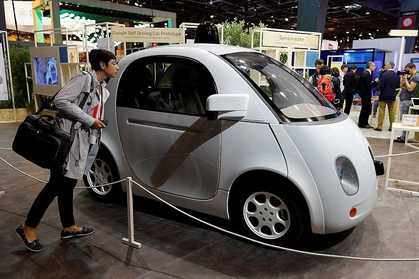 Self-driving cars are evolving so rapidly that traditional carmakers are jumping on the bandwagon.