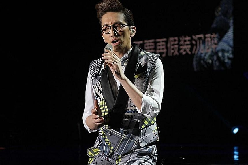 Terry Lin's wide range included singing in Cantonese and Minnan.