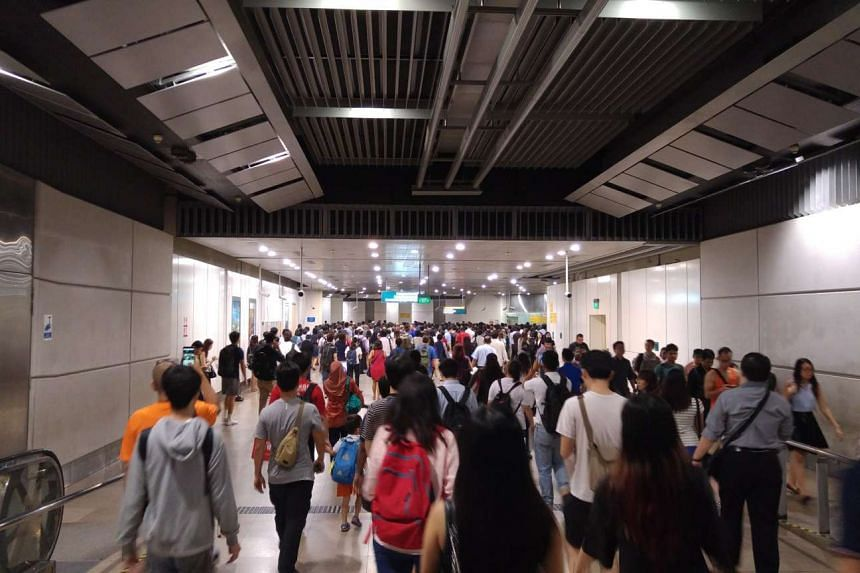 The crowd at Circle Line's Serangoon station on Aug 29, 2016.