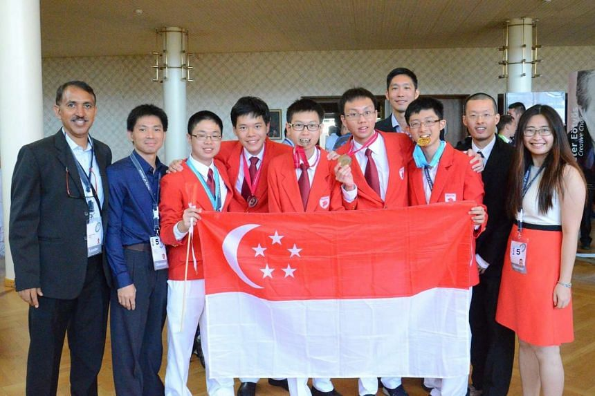 The Singapore physics team obtained two Gold medals and three Silver medals at the 47th International Physics Olympiad held in Zürich, Switzerland.