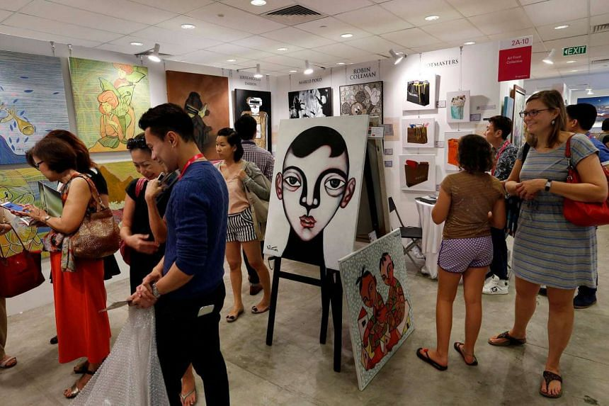 Visitors at the Affordable Art Fair on Nov 15, 2015.