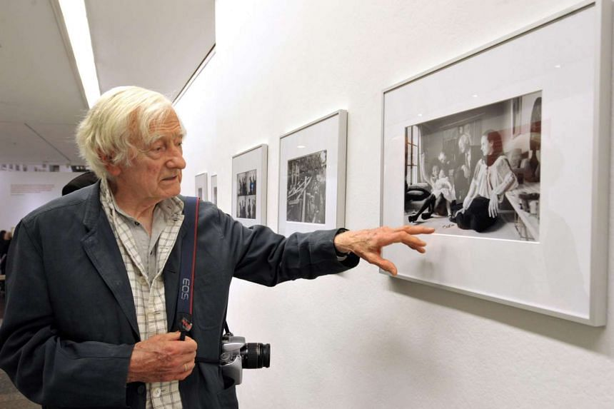 Marc Riboud, one of France's most famous photojournalists, has died aged 93.