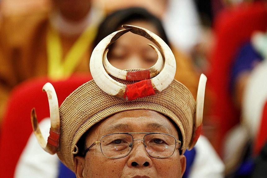 Ethnic armed group leaders yesterday attended the 21st Century Panglong Conference in Myanmar. Observers note that it is unlikely to yield anything substantive in the short term.