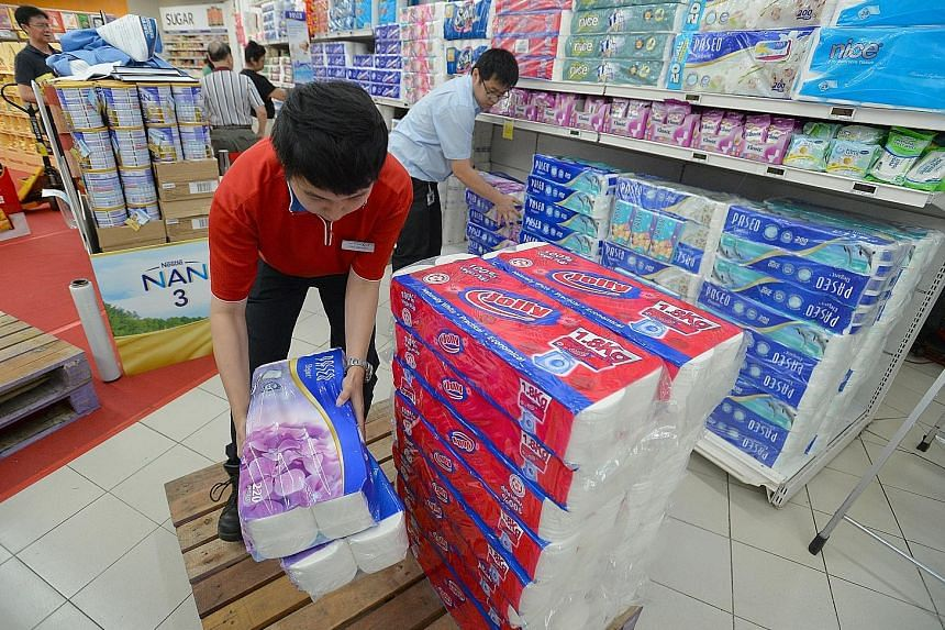 Last October, Asia Pulp and Paper-related products were taken off shelves after the SEC temporarily suspended the Green Label of APP's exclusive distributor, Universal Sovereign Trading. APP and four firms were under probe over possible links to fire