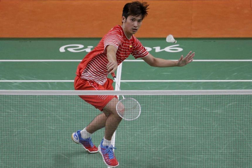 Derek Wong of Singapore in action against Lee Chong Wei of Malaysia during the badminton men's singles Group A match in Rio de Janeiro, Brazil, on Aug 14, 2016.