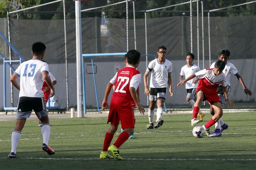 The Football Association of Singapore (FAS) has announced that it will set up a new league for the best football schools in the country.