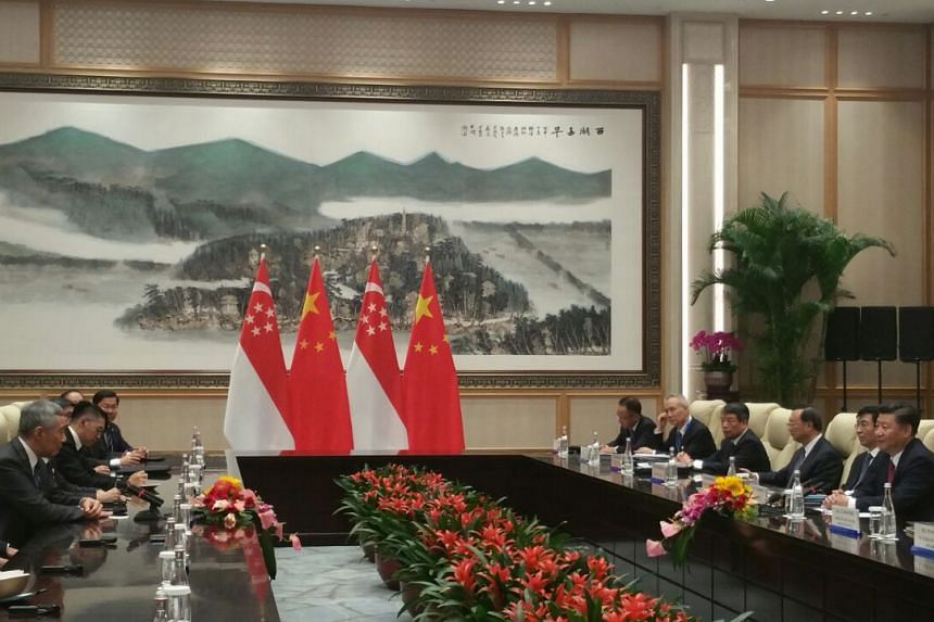 Prime Minister Lee Hsien Loong and his delegation met with Chinese President Xi Jinping on Friday (Sept 2) evening in coastal Hangzhou city.