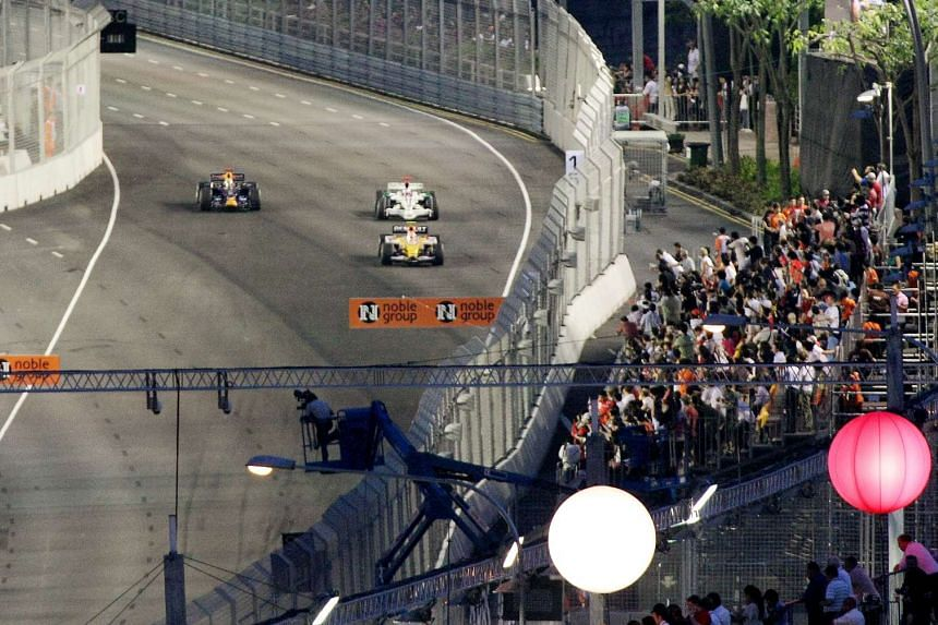 Formula 1 cars go out on their first night of practice session for the Formula One SingTel Singapore Grand Prix 2008.