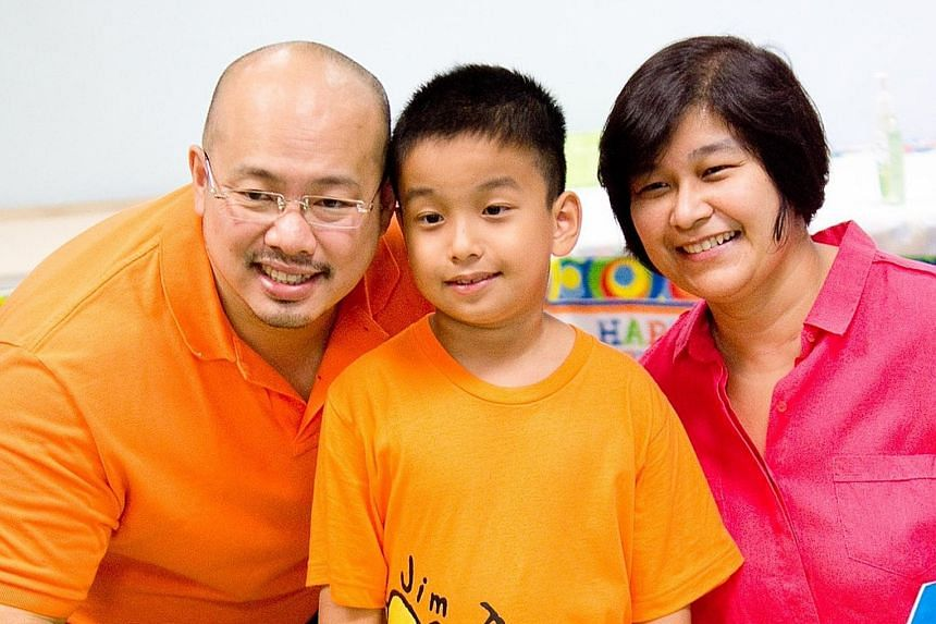 Dr Yoong with his son Andrew and wife Rani. He enjoys spending time with his family and travelling, and writes on issues relating to climate change, governance and equality.