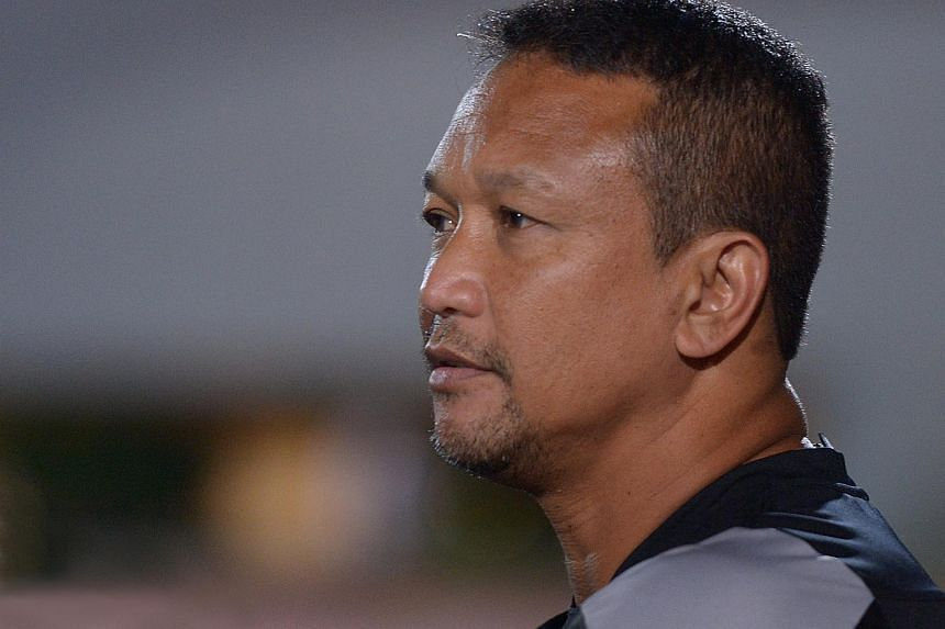 Football coach Fandi Ahmad is reportedly mulling a contract offer with Pahang FA.