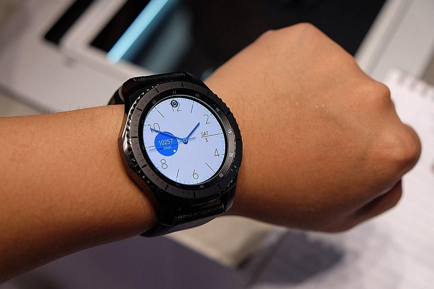 The Samsung Gear S3 Frontier Classic model features a 1.3-inch circular watch face with a Super Amoled screen. It looks large but is surprisingly light. The TomTom Spark 3 features a new trail function that plots a user's most-used running routes as