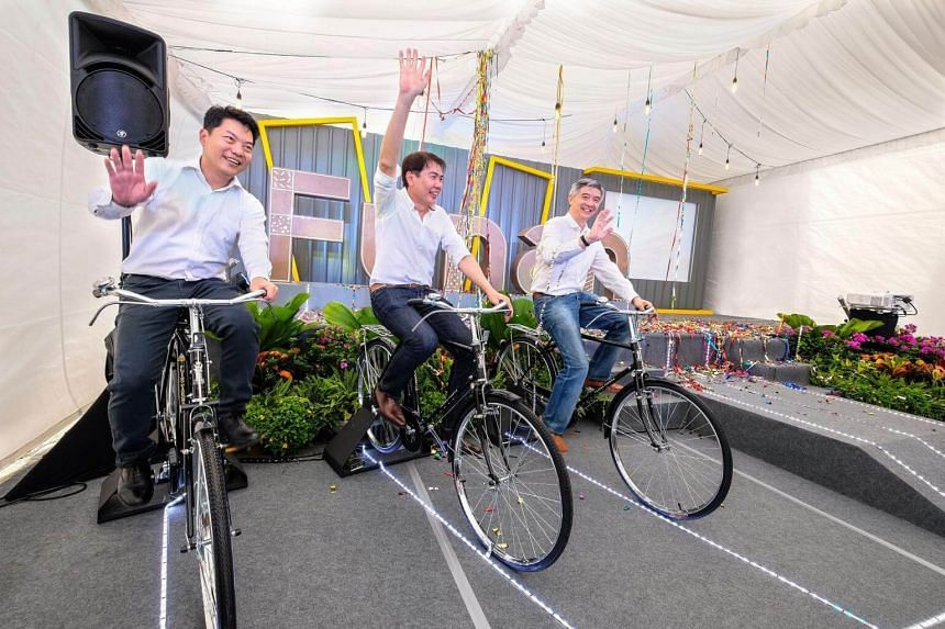 CapitaLand marked Funan's groundbreaking with a cycling challenge: (from left) Mr Jason Leow, CEO of CapitaLand Mall Asia; Mr Lim Ming Yan, president and Group CEO of CapitaLand Limited; and Mr Wilson Tan, CEO of CapitaLand Mall Trust Management Li