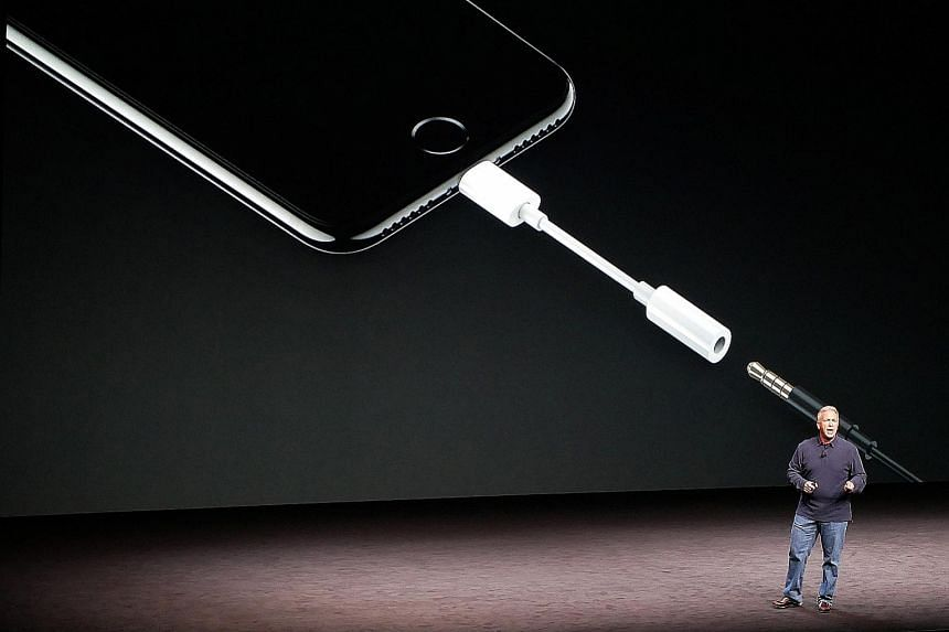 Apple's marketing head, Mr Schiller, introducing the iPhone 7 and 7 Plus, which uses the Lightning connector, instead of the 3.5mm headphone jack, for audio output.