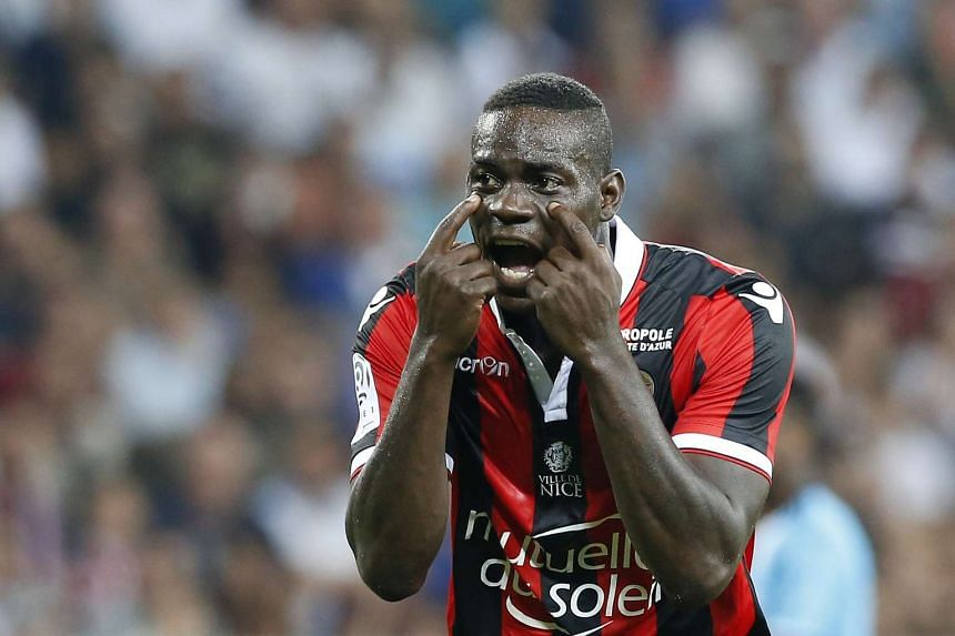 Mario Balotelli of OGC Nice reacts during the French Ligue 1 soccer match between OGC Nice and Olympique Marseille in Nice, France, on Sept 11, 2016.