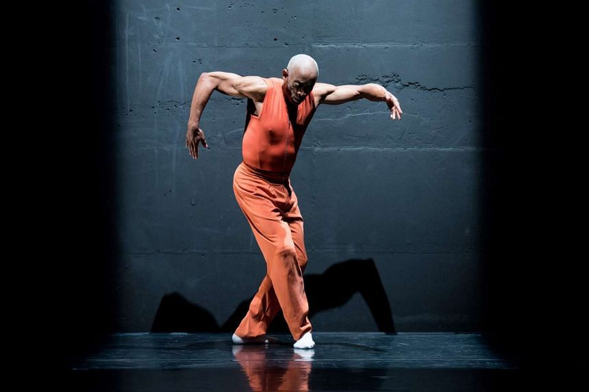 American choreographer Bill T. Jones is working with Lasalle College of the Arts students to make A Letter/Singapore.