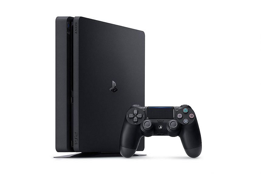 The corners of the PlayStation 4 console are now rounded.