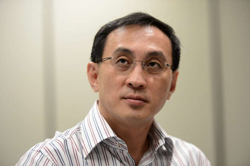 Desmond Kuek, President and CEO of SMRT Corp.