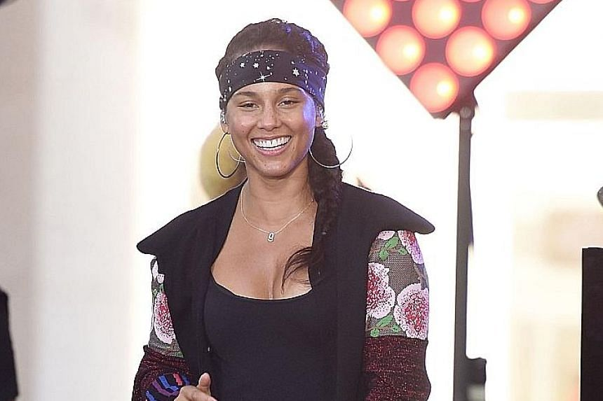 Alicia Keys kicked off Makeupgate 2016 when she wrote about the make-up she had to put on to armour herself.