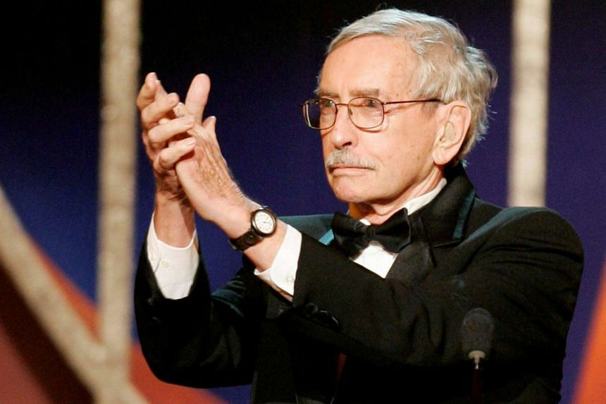 Edward Albee accepts applause from the audience after he was awarded his Lifetime Achievement Tony Award.