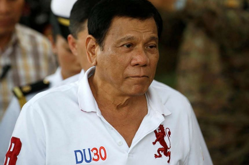 Philippine President Rodrigo Duterte arrives at Camp Tecson to talk to soldiers in San Miguel, Bulacan on Sept 15, 2016.