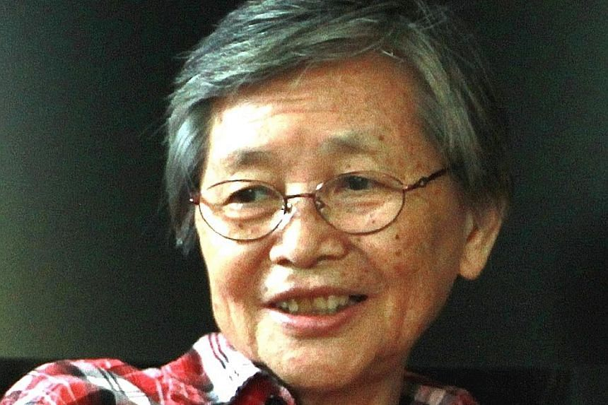 Translator and former Lianhe Zaobao journalist Chan Maw Woh taught herself to read and write in Malay.