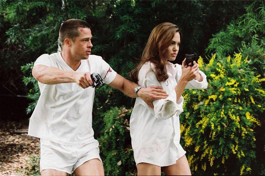 Cinema still from the movie Mr & Mrs Smith starring Angelina Jolie and Brad Pitt.