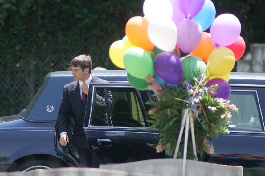 Burke Ramsey, brother of slain beauty pageant contestant JonBenet Ramsey, arrives for the burial service of his mother Patsy Ramsey in Marietta, Georgia on June 29, 2006.