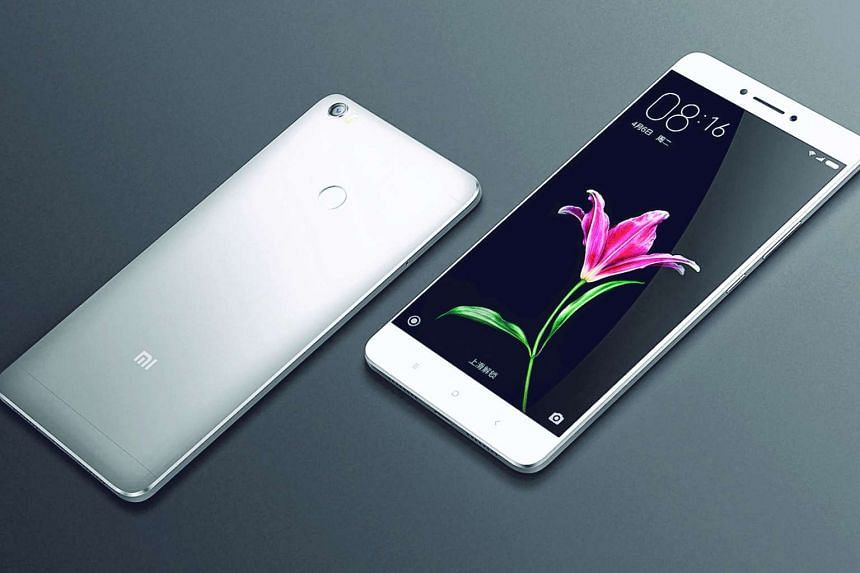 The Xiaomi Mi Max's screen colour profile is nicely balanced – not too warm or cool – but the display can be hard to see under bright sunlight.