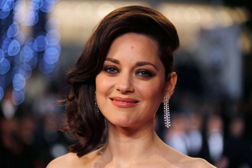 Marion Cotillard has denied any involvement in the breakup of Angelina Jolie and Brad Pitt.
