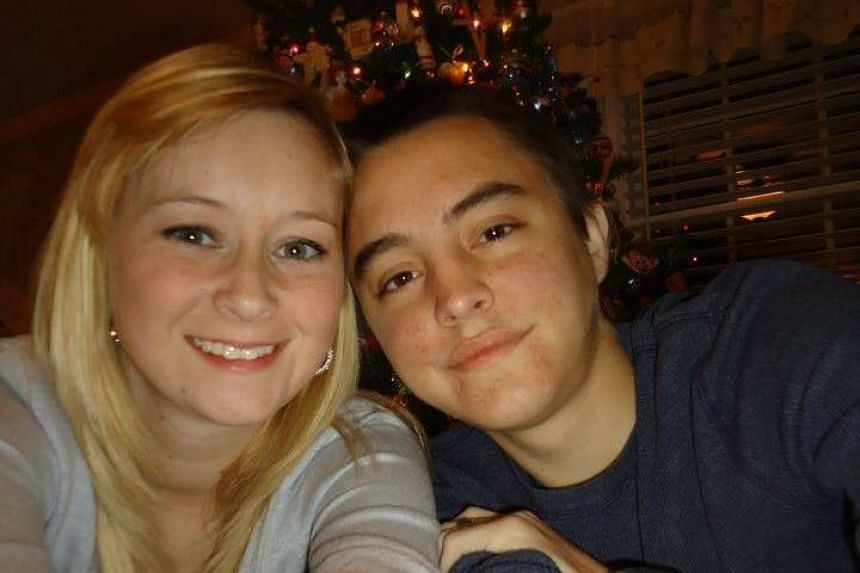 Dalton Prager (right) and Katlin Donovan met online in 2009 and exchanged messages about their shared battle with cystic fibrosis.