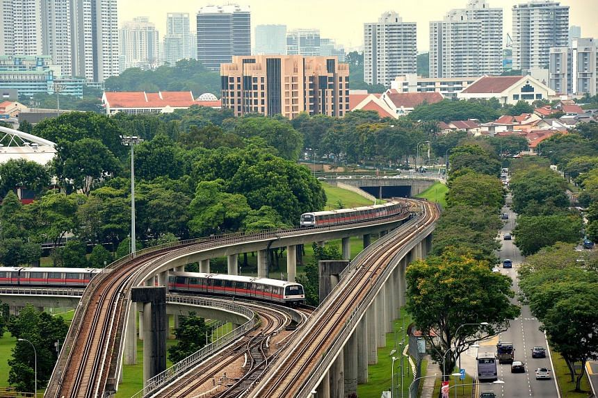 Analysts say shareholders should accept Temasek's offer of $1.68 per share, given SMRT's soft earnings outlook. One investor said the price is fair as the firm's profitability has weakened.