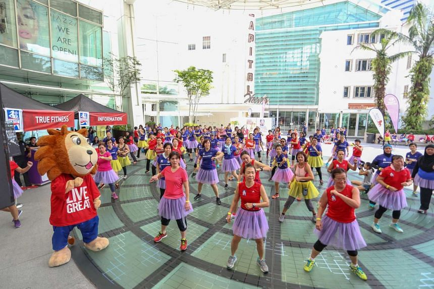 More than 100 participants of the Great Eastern Women's Run (GEWR) kicked off their weekend with athletic urban dance fitness workouts on Sept 24, 2016.