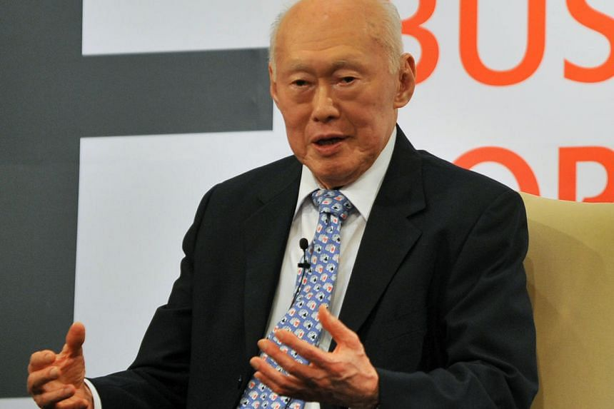 Mr Lee Kuan Yew will receive Japan's top honour for a foreign dignitary on Sept 28, 2016.
