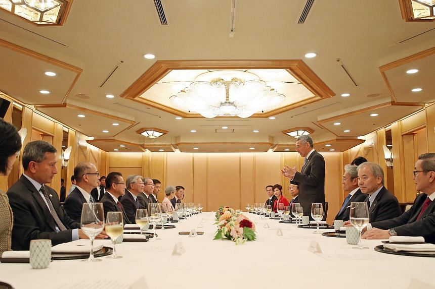 Prime Minister Lee Hsien Loong speaks to Japanese business leaders during lunch at Imperial Hotel in Tokyo on Sept 27, 2016.