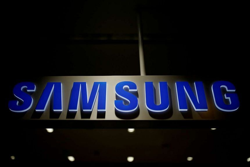 A US class-action lawsuit claims that top-load washing machines made by Samsung have exploded in owners' homes.