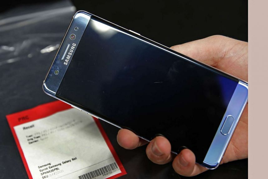 The Chengdu Government Affairs Service Centre has banned employees from using the Samsung Galaxy Note 7.