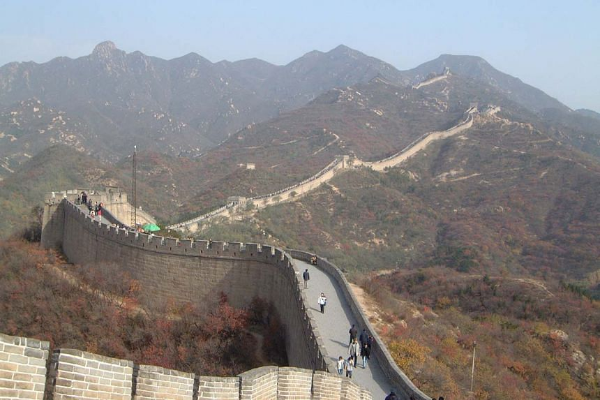 China will be building a high-speed railway station at the popular Badaling section of the Great Wall.
