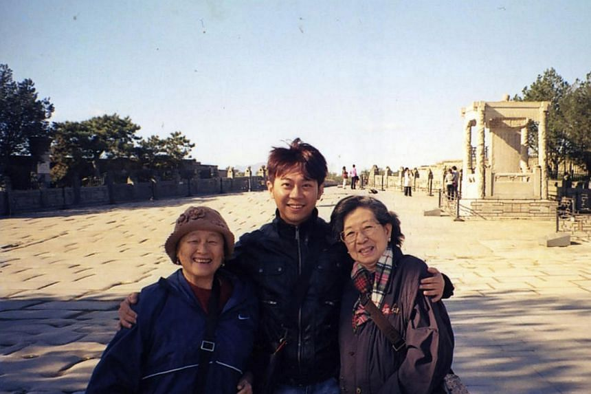 Where it all began: Yang Yin (centre) with Madam Chung Khin Chun (left) and Madam Chang Phie Chin in a photo taken in Beijing on Oct 23, 2008.