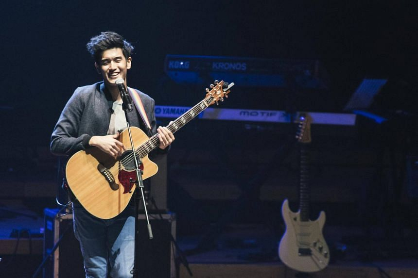 Nathan Hartono will sing this Friday evening (Oct 7) in the final of the popular Chinese television singing contest Sing! China.