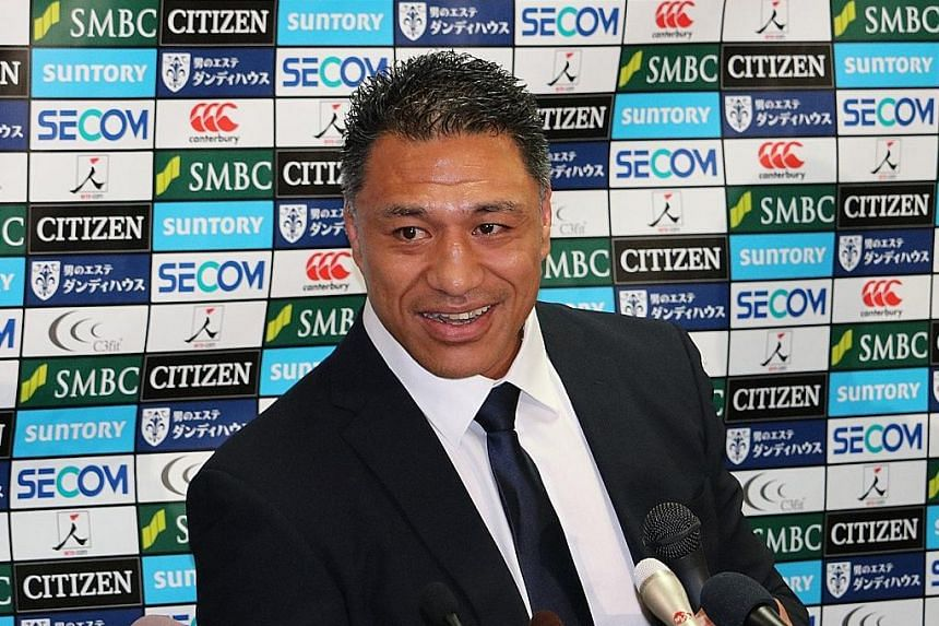 Filo Tiatia, at a Tokyo press conference yesterday, replaced his fellow former All Black Mark Hammett as the Sunwolves' head coach. He will focus on recruiting local players to strengthen the squad, in order to develop a strong national side for the