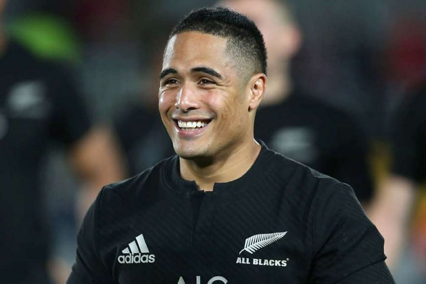 Aaron Smith has been suspended for one game after admitting to going into a disabled toilet with a woman at Christchurch Airport.