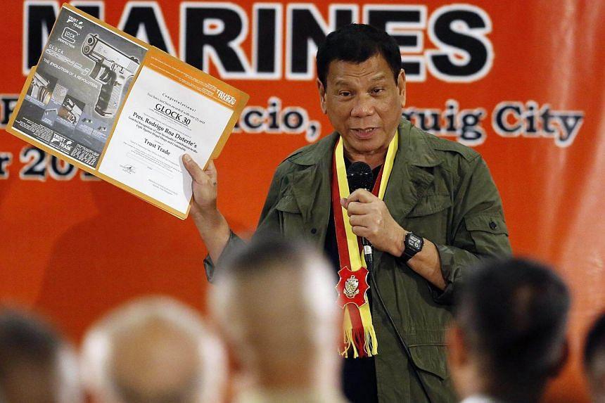 Rodrigo Duterte speaks at the Philippine Marines headquarters in Taguig city, south of Manila, Philippines on Sept 27, 2016.