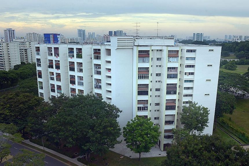 Many home owners at Raintree Gardens in Potong Pasir, a 175-unit former HUDC estate, will walk away with about $1.9 million per unit, which is a premium of almost 90 per cent over the last transaction price of about $1.1 million this year.