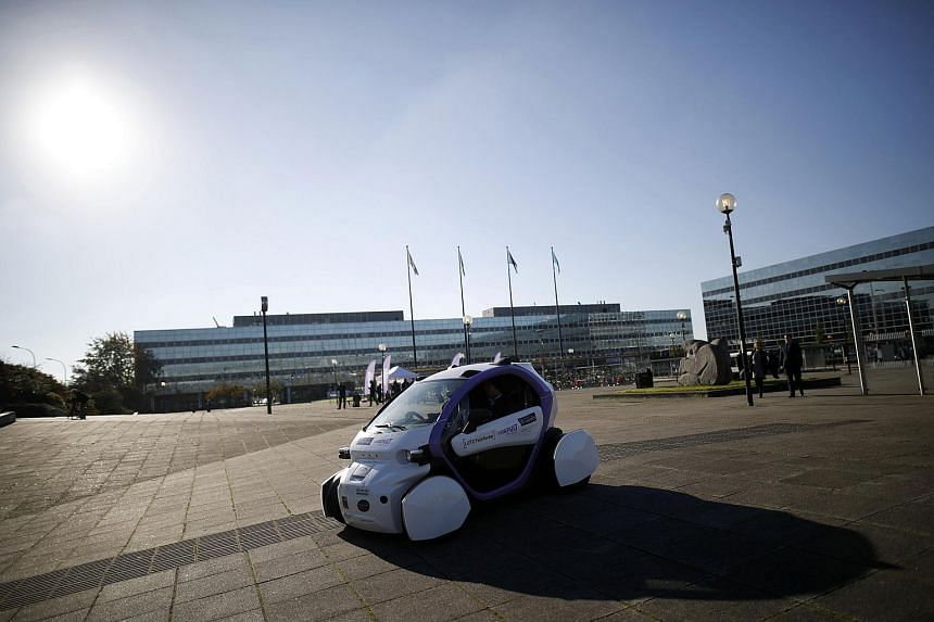 A driverless pod is tested in Milton Keynes, Britain on Oct 11, 2016.