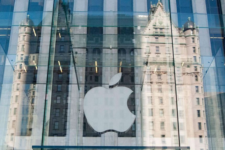 Apple Inc's stock on Monday jumped 2.2 percent, reaching a high not seen since December, after rival Samsung Electronics Co Ltd suspended production of its flagship Galaxy Note 7 smartphones following reports of fires in replacement devices.