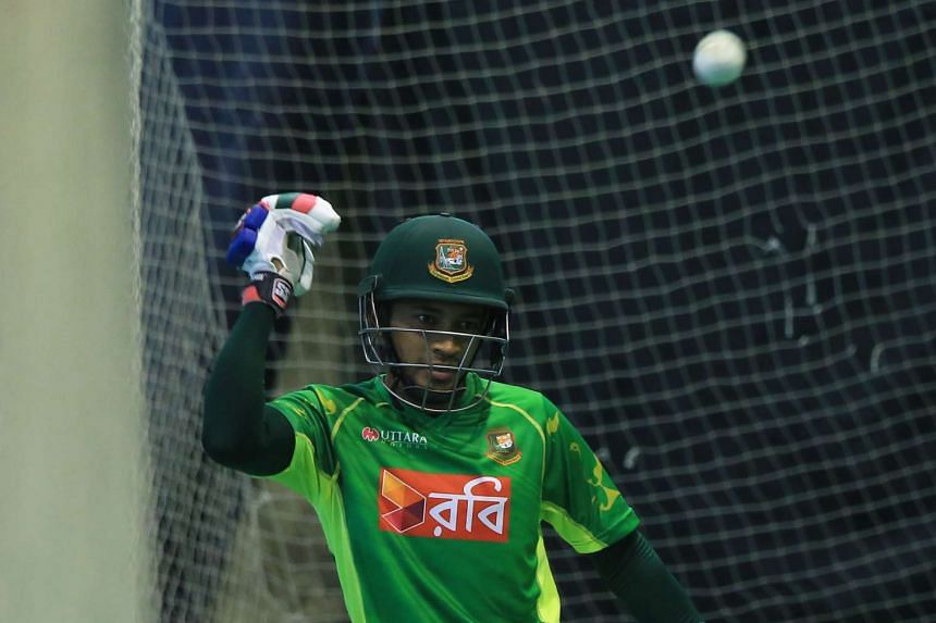 Bangladesh cricket player Mushfiqur Rahim takes part in a practice session at Zahur Ahmed Chowdhury Stadium in Chittagong on Oct 11, 2016, ahead of the third One Day International (ODI) cricket match against Bangladesh on Oct 12, 2016.