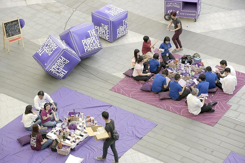 Highlights of the Nov 5 Purple Parade were announced yesterday at a picnic at Suntec City attended by more than 200 people.