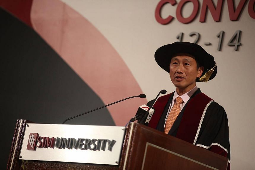 Acting Minister for Education (Higher Education and Skills) Ong Ye Kung speaks at UniSIM's convocation ceremony on Oct 12, 2016.