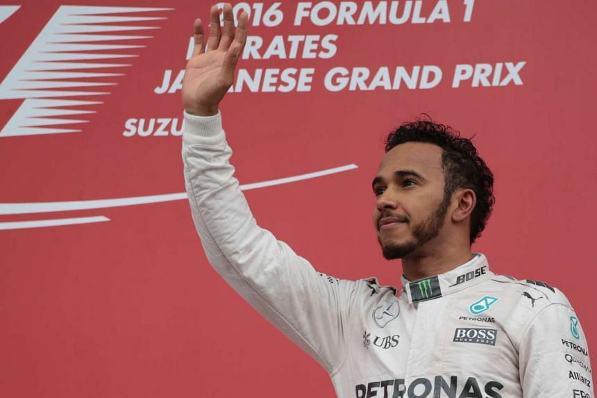 Triple Formula One world champion Lewis Hamilton has pulled out of a tyre test in Barcelona.